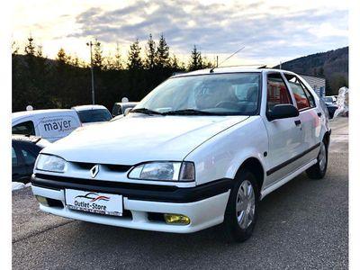 gebraucht Renault 19 RS 1,8**1.Besitz**68.000Km**Sammlerzustand** Limousine