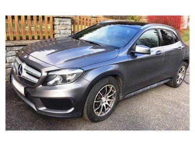 gebraucht Mercedes GLA220 GLA-KlasseCDI 4MATIC Aut. SUV / Geländewagen,