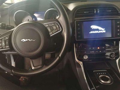 gebraucht Jaguar XE E-Performance Prestige Aut.