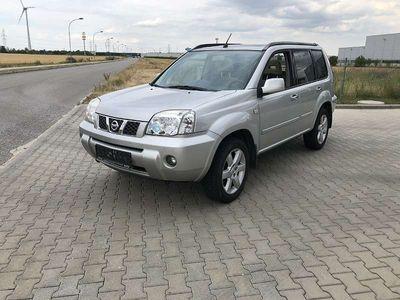 used Nissan X-Trail Columbia 2,2 dci Allrad SUV / Geländewagen,