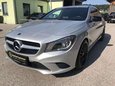 gebraucht Mercedes CLA220 CLA 220CDI Aut.URBAN /19Zoll/Xenon/Sportsitze/NAVI