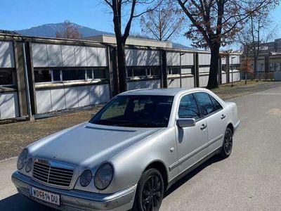 gebraucht Mercedes E290 Elegance TD Aut.