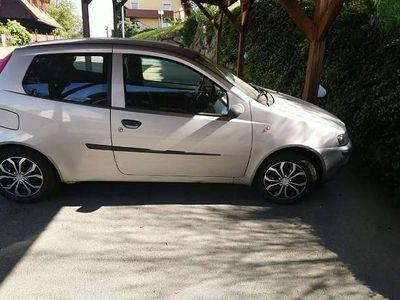 brugt Fiat Punto 188 Klein-/ Kompaktwagen,