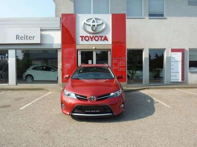 gebraucht Toyota Auris TS 2,0 D-4D Lounge *XENON*NAVI*KEYLESS* Kombi / Family Van