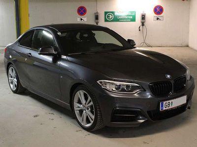 gebraucht BMW 220 2er-Reihe d Aut. Navi. Prof. Harman/Kardon 8x18 Zoll NEU! Sportwagen / Coupé