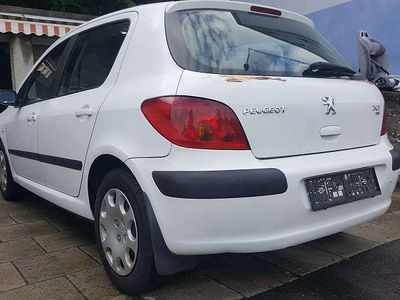 gebraucht Peugeot 307 XR HDI 90 5T 2.0 Kombi / Family Van