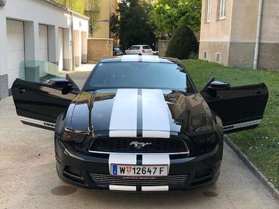 gebraucht Ford Mustang 3.7 L V6 Coupe Sportwagen / Coupé,