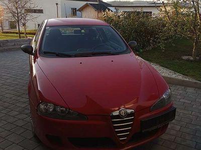 used Alfa Romeo 147 Klein-/ Kompaktwagen,