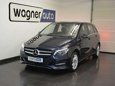 gebraucht Mercedes B200 B-Klassed 4MATIC Aut. LED/Navi/Park-Pilot Limousine