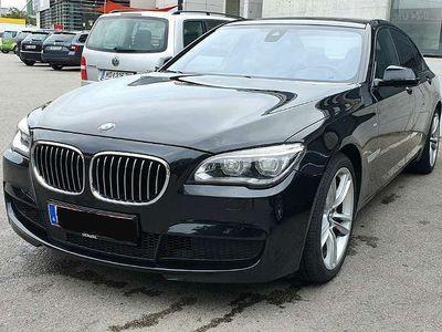 gebraucht BMW 750 750 d mit M Paket, Sitzbelüftung, Massagesitze, usw