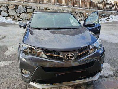 gebraucht Toyota RAV4 2,2 D-4D Elegance 4WD Aut.