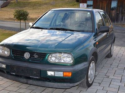 gebraucht VW Golf 1,9 TDI Klein-/ Kompaktwagen