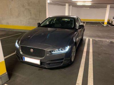 gebraucht Jaguar XE 2.0d Limousine