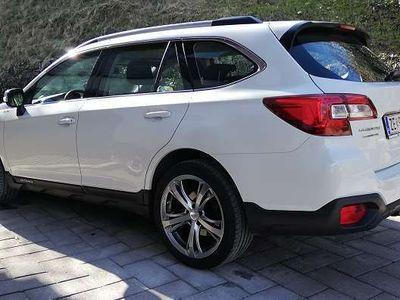 gebraucht Subaru Outback 2.0 Kombi / Family Van