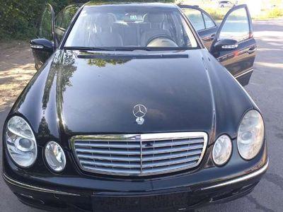 gebraucht Mercedes E220 Classic CDI Aut.