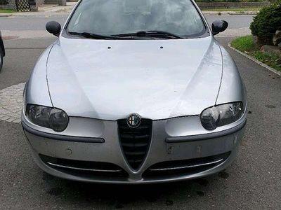 used Alfa Romeo 147 1.9 Klein-/ Kompaktwagen,