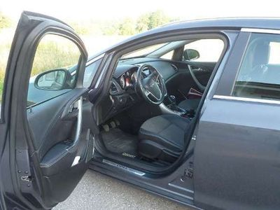 gebraucht Opel Astra ST 1,4 Turbo Ecotec Cosmo