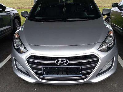 gebraucht Hyundai i30 5GO, 1,4 CVVT 102e Klein-/ Kompaktwagen