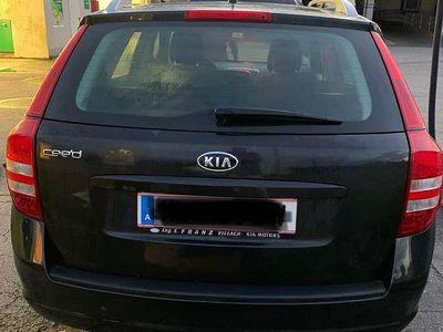 gebraucht Kia cee'd 1,4 SW Kombi / Family Van