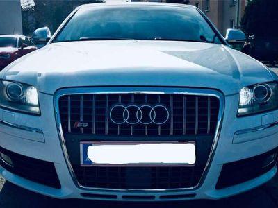 gebraucht Audi S8 5,2 FSI V10 quattro Tiptronic