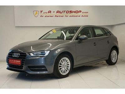 gebraucht Audi A3 Sportback 1,6TDI INTENSE PDC/XENEN/1HAND