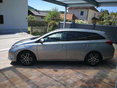 used Toyota Auris Lounge Kombi / Family Van,