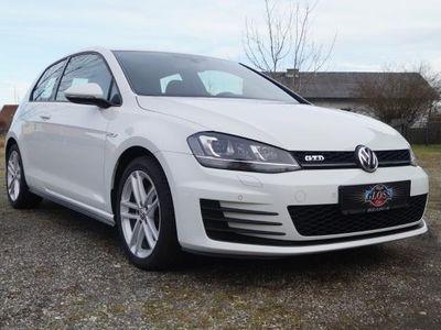 gebraucht VW Golf GTD 2,0 TDI, TOP ZUSTAND, ERSTBESITZ, DYNAUDIO AB EUR 151,79 IM MONAT Limousine