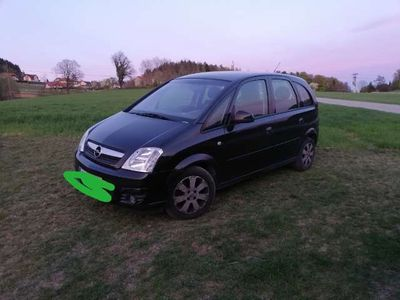 gebraucht Opel Meriva A 1,6 Bezin Kombi / Family Van