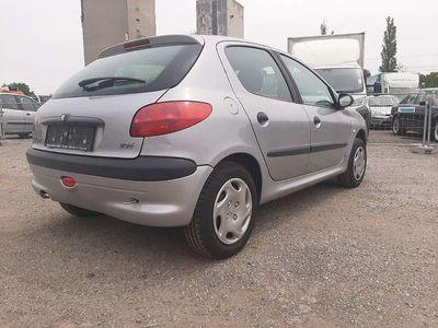 gebraucht Peugeot 206 1.1 Benzin mit pickerl Limousine