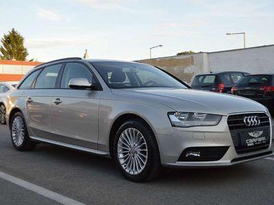gebraucht Audi A4 Attraction Avant 2,0 TDI Aut. 1.Besitz Kombi / Family Van