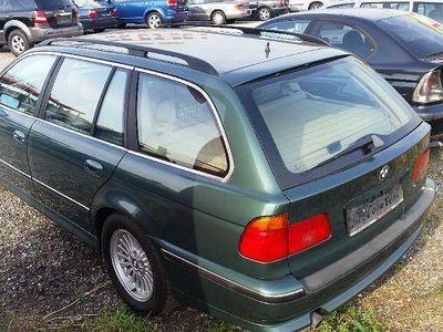 gebraucht BMW 523 5er-Reihe i touring Österreich-Paket Aut. Kombi / Family Van