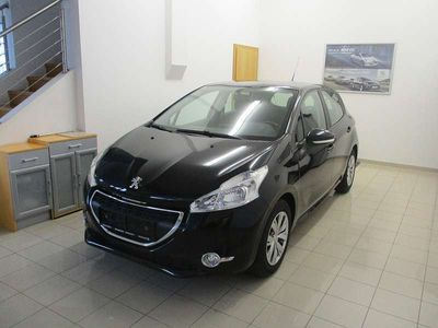 gebraucht Peugeot 208 Active 12 VTi 82