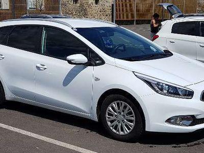 used Kia cee'd cee'dSW 1,4 Austria Edition Kombi / Family Van,