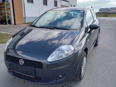 gebraucht Fiat Grande Punto 1,2 8v benzin Klein-/ Kompaktwagen