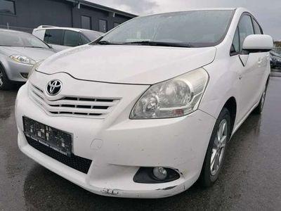 gebraucht Toyota Verso 1,6 Valvematic Comfort