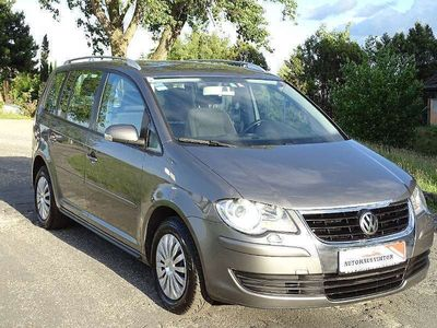 gebraucht VW Touran Conceptline 1,9 TDI DPF DSG Kombi / Family Van