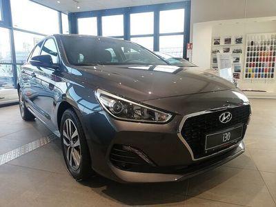 gebraucht Hyundai i30 1,4 MPI Level 3 Plus, Level 3 Plus, 100 PS, 5 Türen, Schaltgetriebe