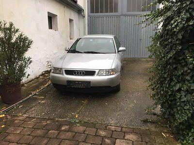 gebraucht Audi A3 1,9 TDI 8L1 Klein-/ Kompaktwagen