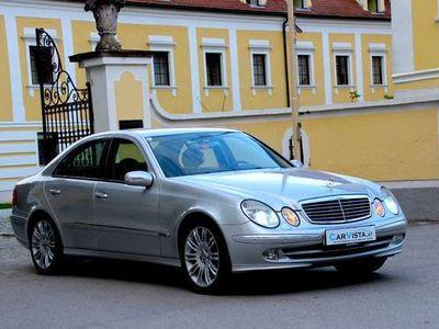gebraucht Mercedes E500 Avantgarde Aut.***Designo PAKET***