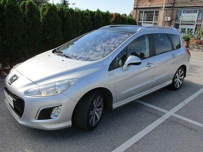 gebraucht Peugeot 308 SW 1,6 e-HDI 115 FAP Allure Kombi / Family Van