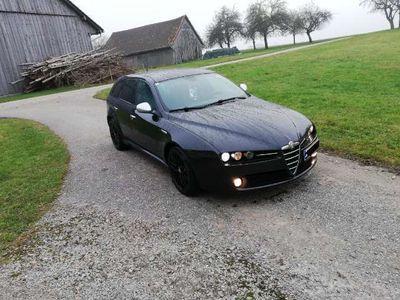 gebraucht Alfa Romeo 159 Alfa SW 1,9 JTDM 16V TI