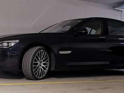 gebraucht BMW 750 7er-Reihe Allrad (F02) xDrive Aut. M-Packet