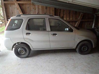 gebraucht Suzuki Ignis 1,3 GL 5TG 4WD Klein-/ Kompaktwagen,