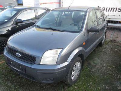 gebraucht Ford Fusion Ambiente 1,4 TDCi Kombi / Family Van