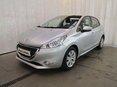 gebraucht Peugeot 208 Active 1,4 HDI 68 FAP