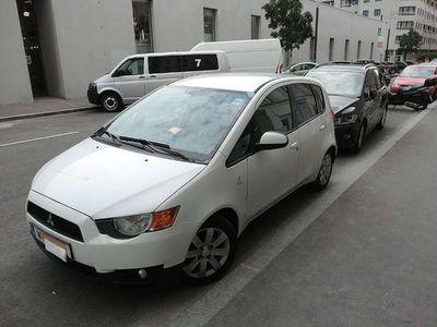 used Mitsubishi Colt 5dr 1,1 MPI Top Edition Top Edition Klein-/ Kompaktwagen,