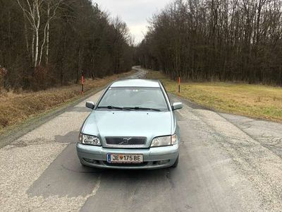 gebraucht Volvo V40 Wird mit neuem pickerl verkauft Kombi / Family Van