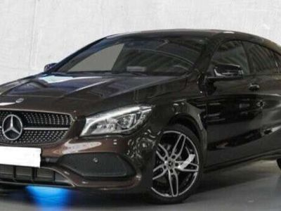 gebraucht Mercedes CLA200 Shooting Brake AMG /LED/Panodach/Easy Pack/Navi