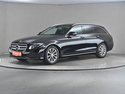 gebraucht Mercedes 220 E-Klasse Avantgarded T Aut. (897525)