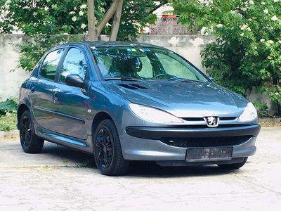 gebraucht Peugeot 206 **1.4Benzin 130.000Km** Limousine